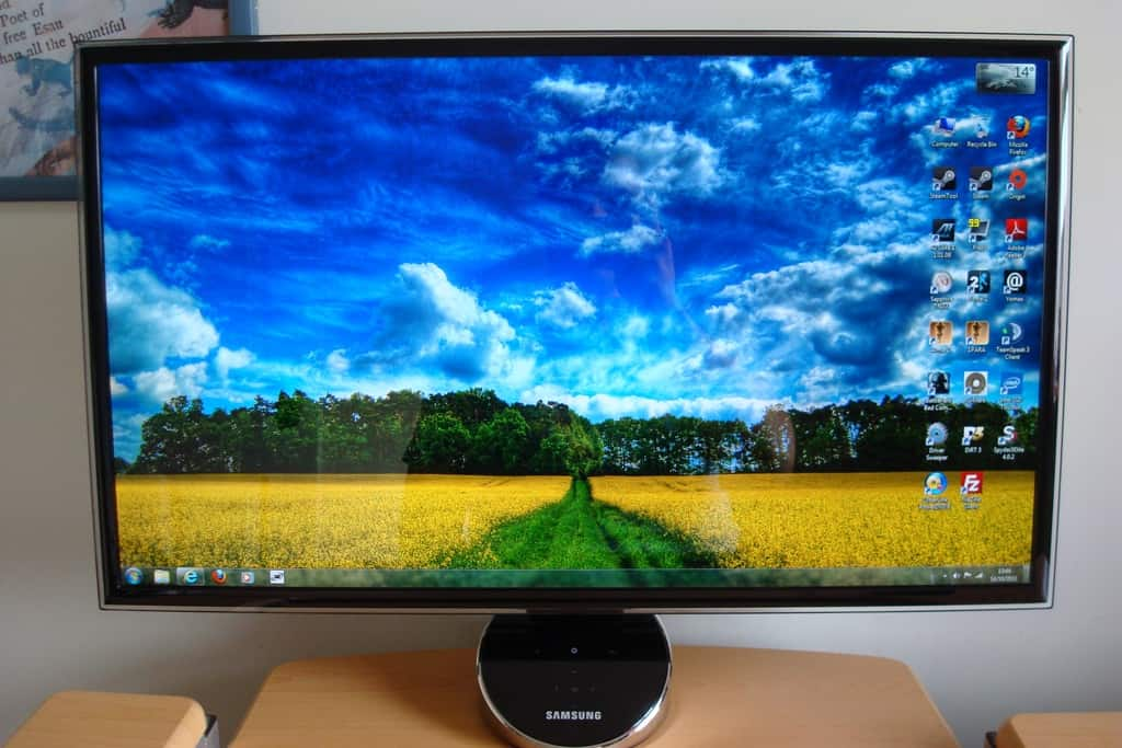 S27A750D Ultra Clear (mixed image)